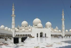 abu-dhabi-600875_640
