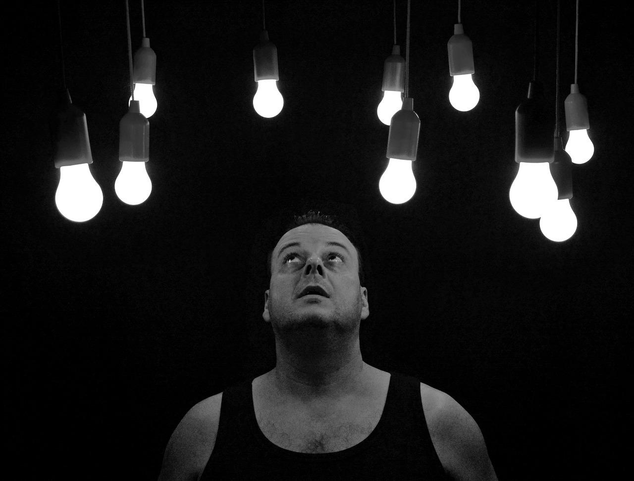 light-bulbs-1765053_1280