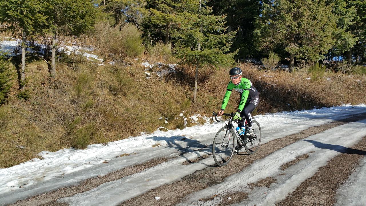 cyclist-639189_1280